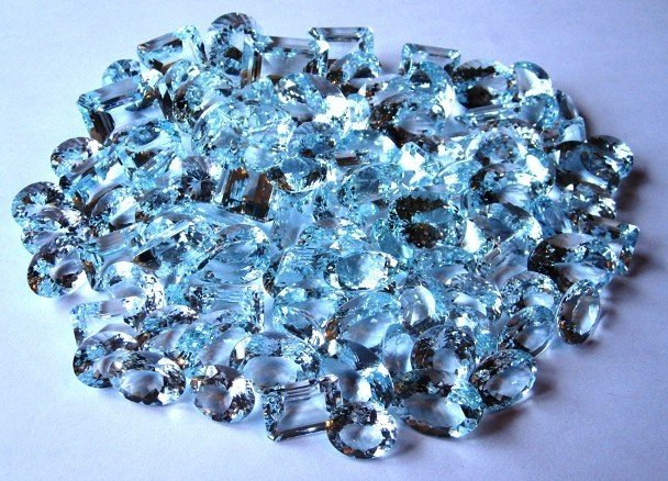 1W: Investors Lot of Aquamarine Gemstones! 1363 tcw!