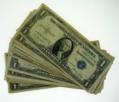 10: (20) Circulated Silver Certificates