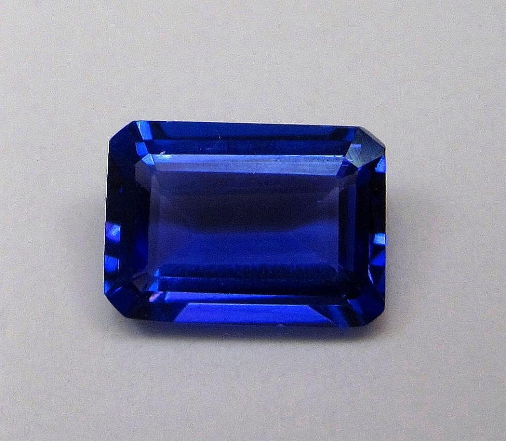 2G: 2.05 ct. Natural Tanzanite Rectangle Cut