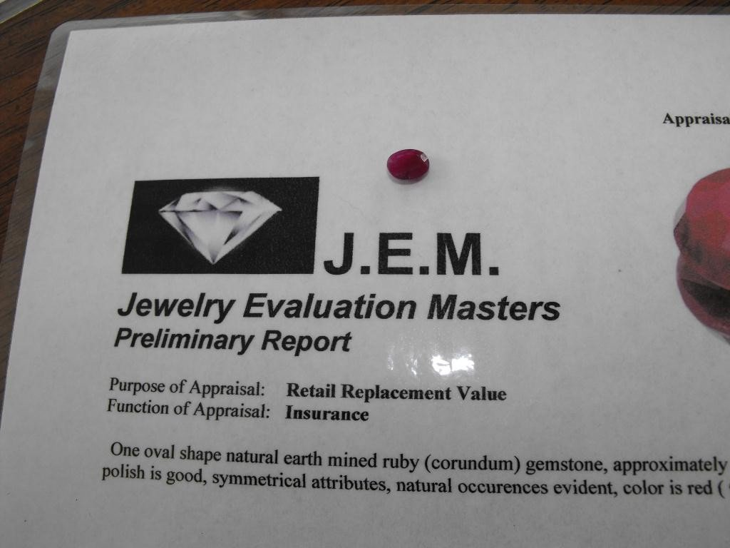 7Q: 1.5 ct. Ruby Earth Mined- $ 900 GG GIA