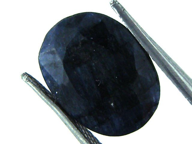 7V: 5 ct. Natural Deep Dark Sapphire