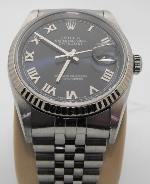 39Z: Rolex Gents Oyster Datejust Perpetual -