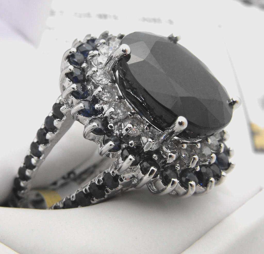 7M: Fine 16.26 ct. Sapphire & Diamond Ring $ 12K App.