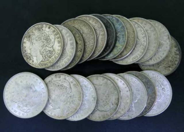 25S: Roll of 20 Morgan SIlver Dollars- Random Dates
