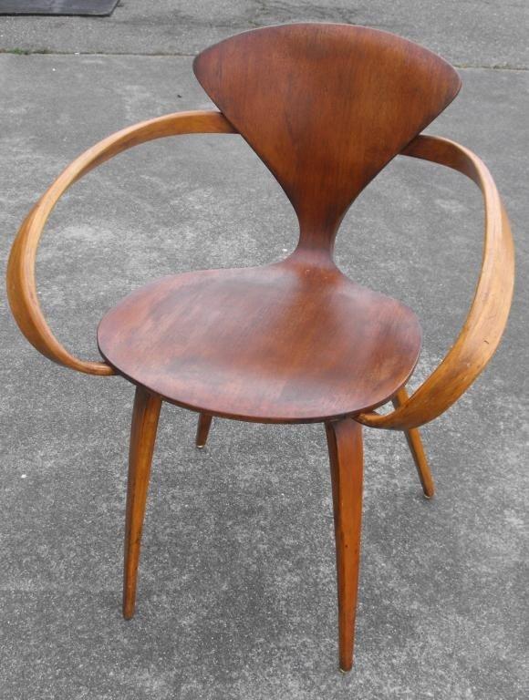 48: Mid Century Modern Bent Wood Chair