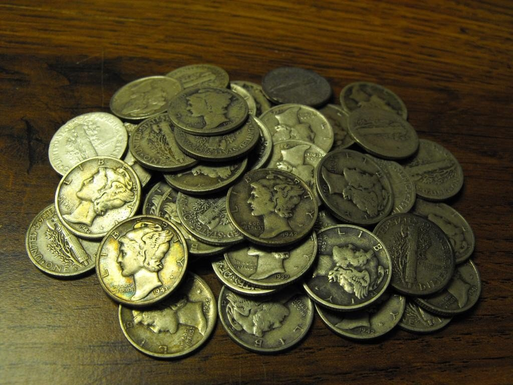 29O: Lot of 100 Mercury Dimes