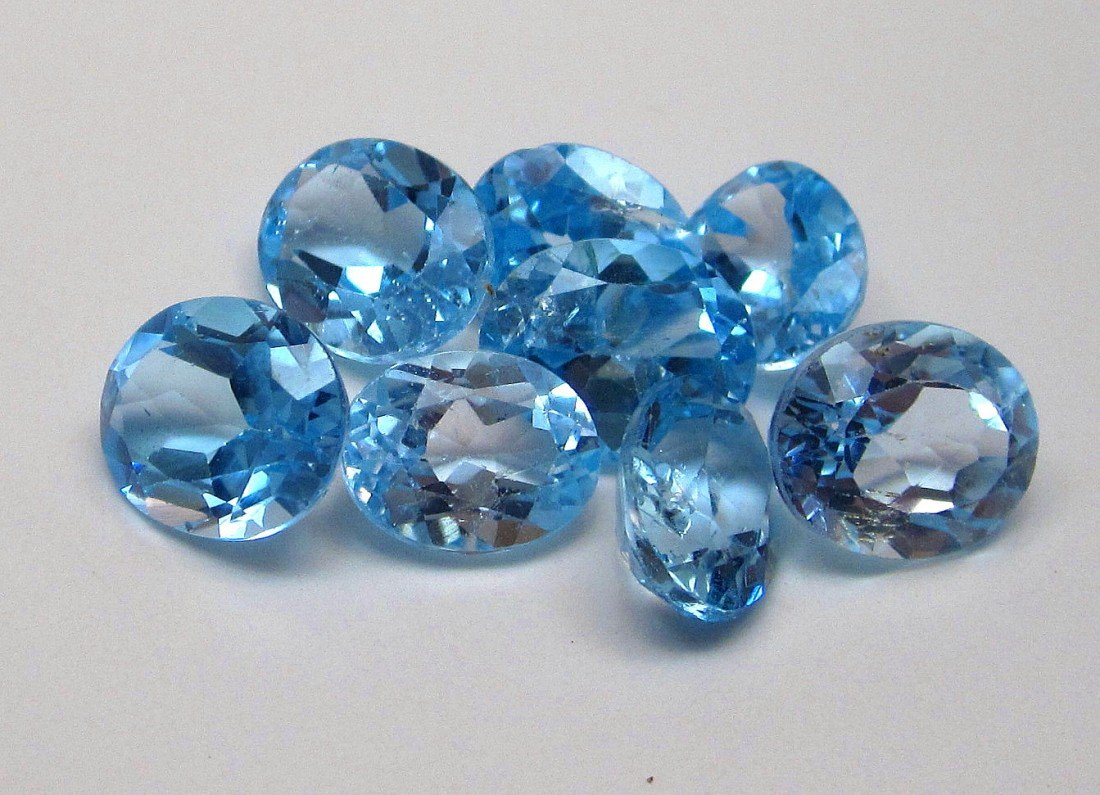 5J: A lot of approx. 25 cts. Blue Topaz