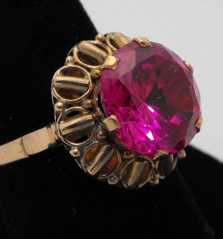 1B: 14k YG Beautiful Pink Topaz Ring 3.5 ct.