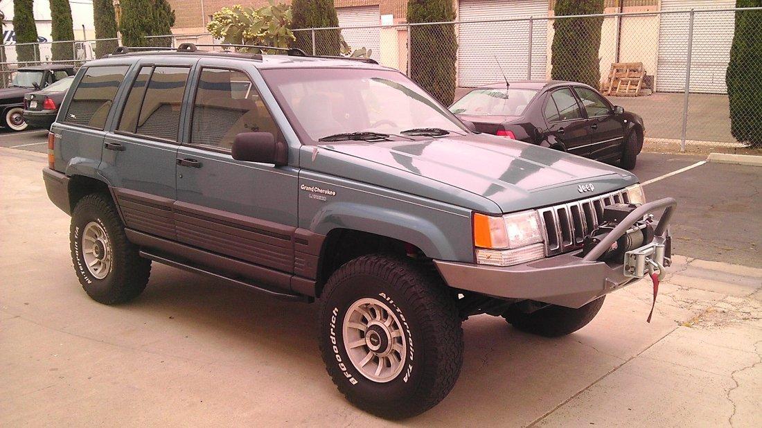 1Q: 1994 Jeep Grand Cherokee - Nice -