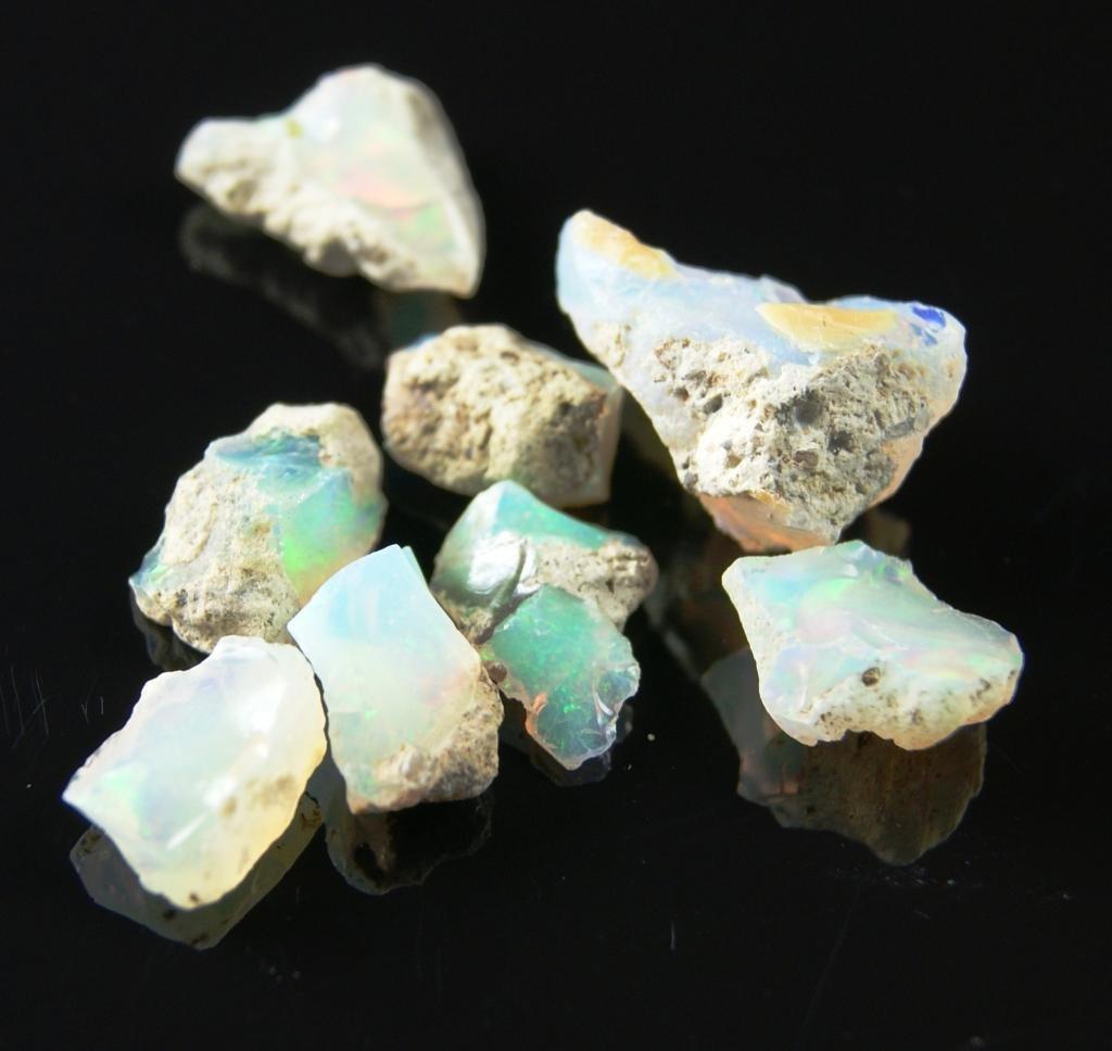1V: Lot of 22.35 tcw Fine Opal Rough Gem