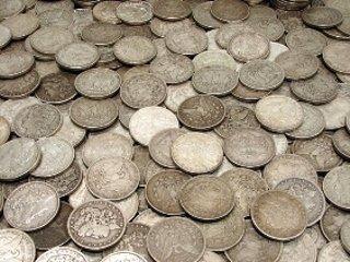 1B: Lot of 100 Morgan Silver Dollars - large cache