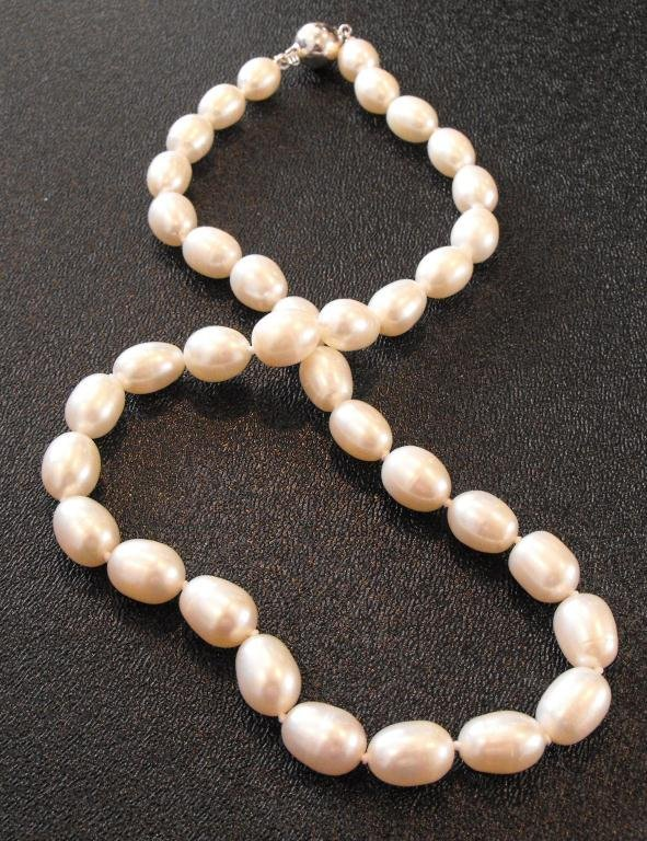 2A: Natural Pearl Necklace w/ Sterling Clasp