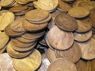 4B: Lot of (50) Peace Silver Dollars