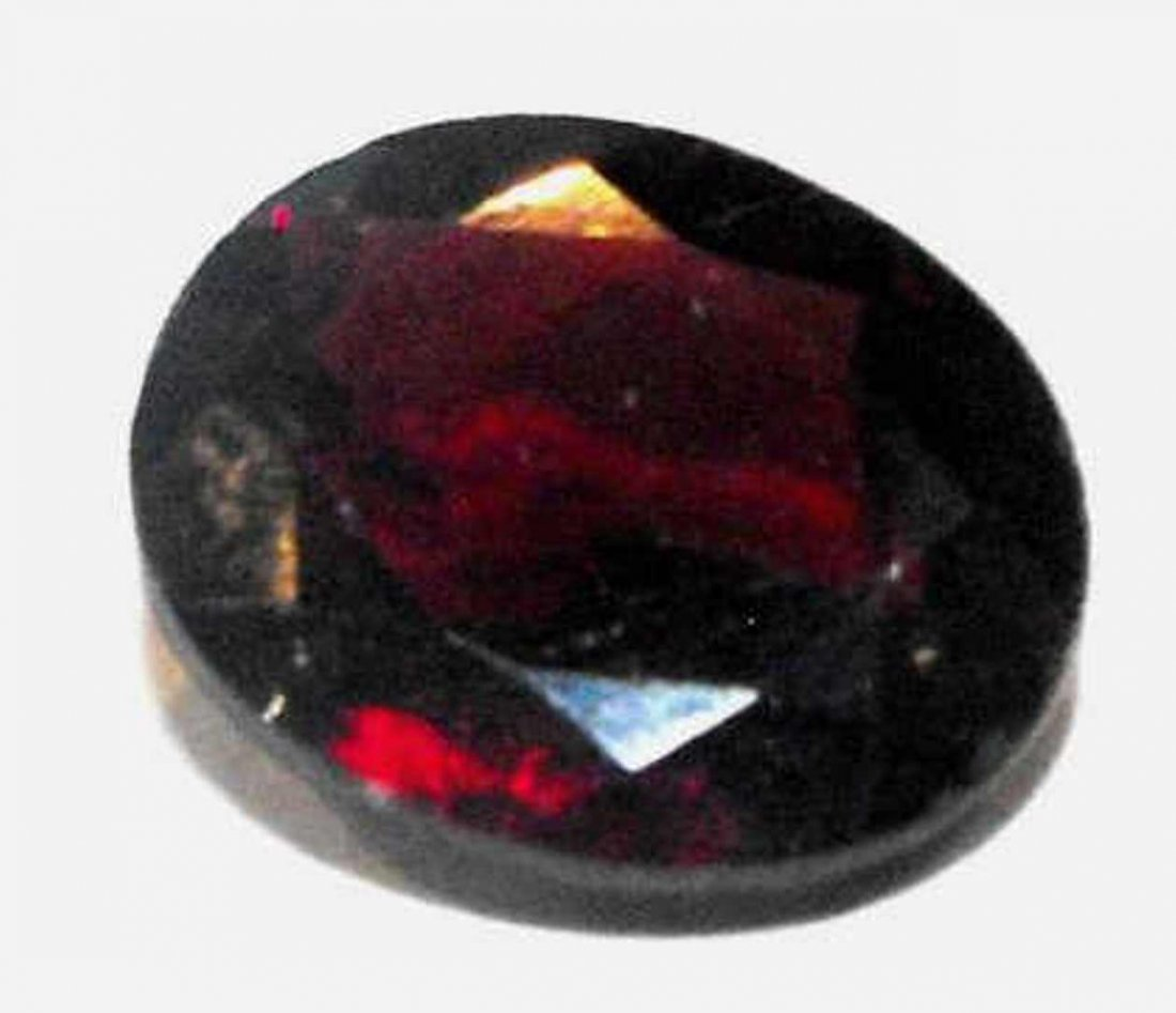 1Q: 3.5 ct. Natural Garnet Gem