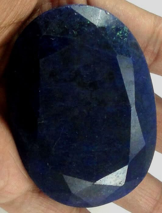 640 ct. Sapphire Blue Corrundum Gemstone