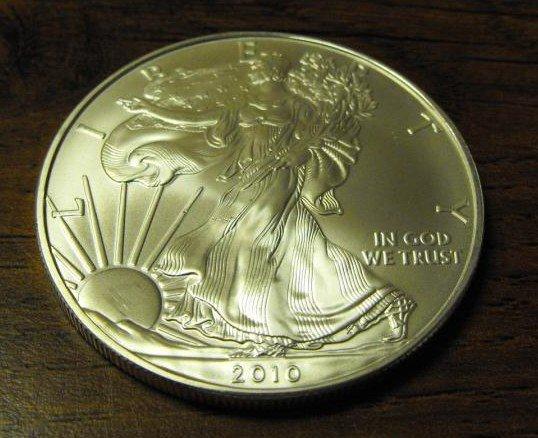Silver Eagle - Uncirculated-