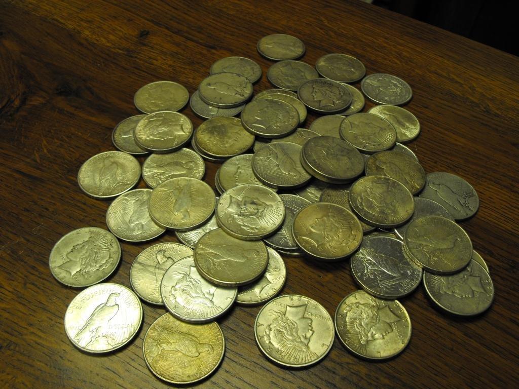 Lot OF 10 Peace Dollars