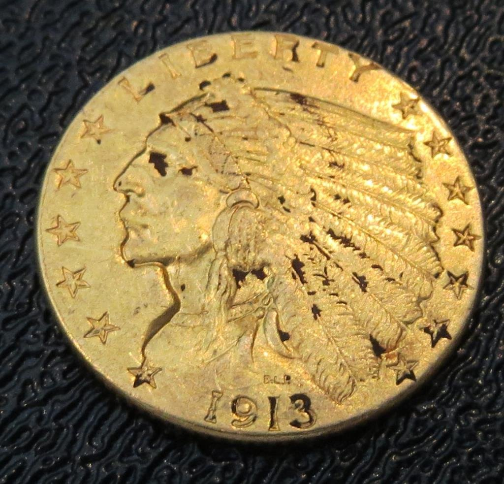 1913 P $ 2.5 Gold Indian Head Coin
