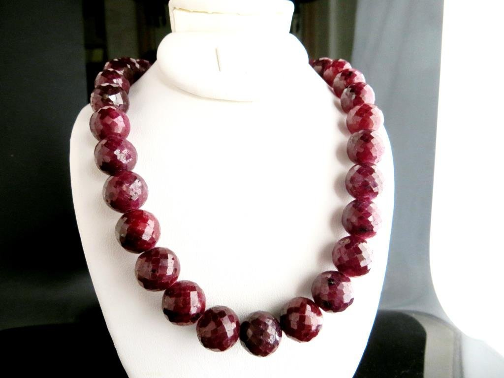 550 tcw. Ruby Gemtone Necklace