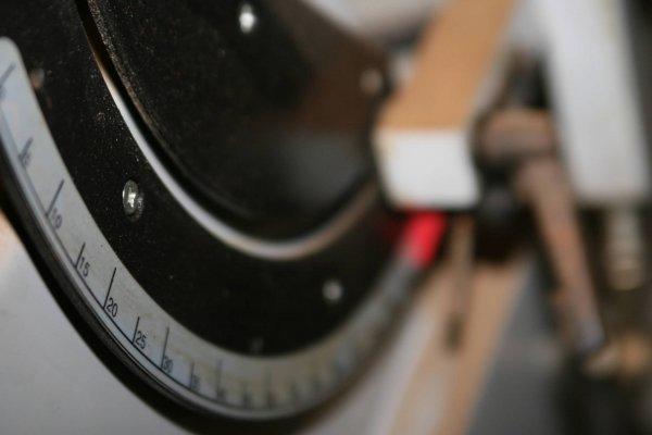3644: DELTA PORTER CABLE OSCILLATING EDGE SANDER W SPIN - 8
