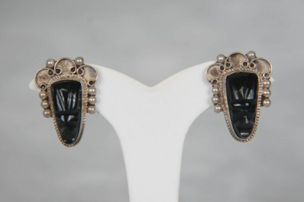 2308: 1940s MEXICAN STERLING CARVED OBSIDIAN MASK EARRI