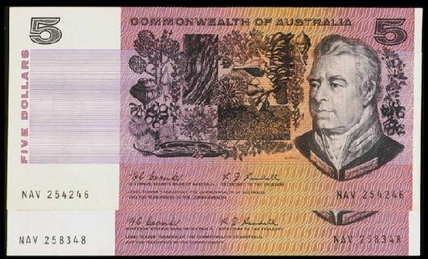 17: Australia $5 1967 P39b UNC (2)