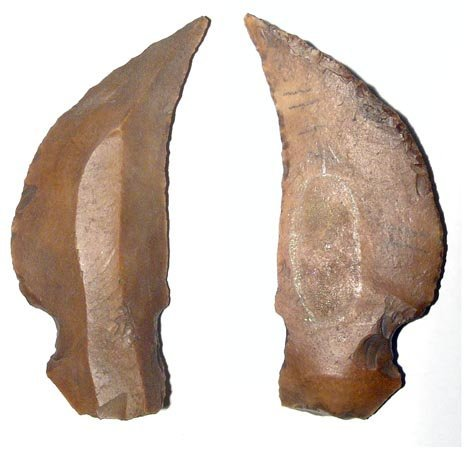 18: A choice Pre-Dynastic curved stone knife