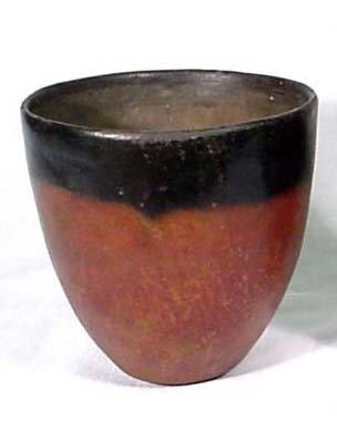 4: Predynastic Black-Top Jar