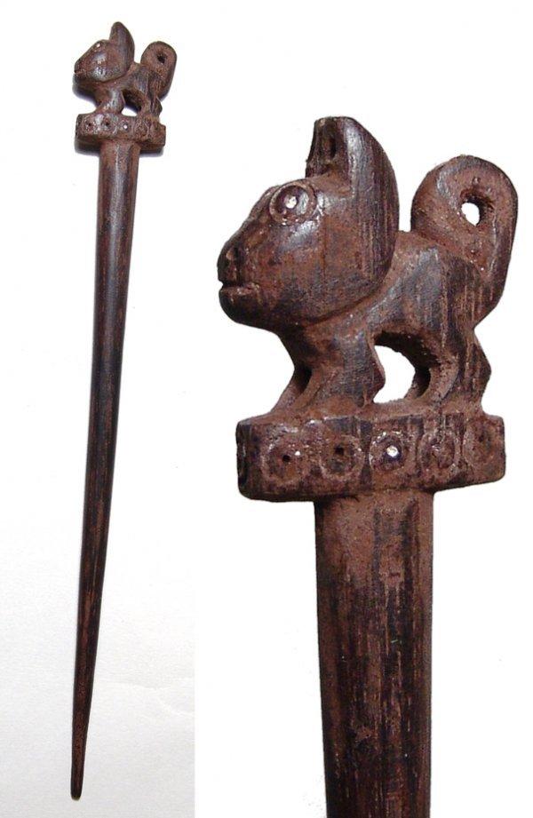 """1041: Peru, Moche, c. AD 300 – 600. A magnificent """"Tupu"""