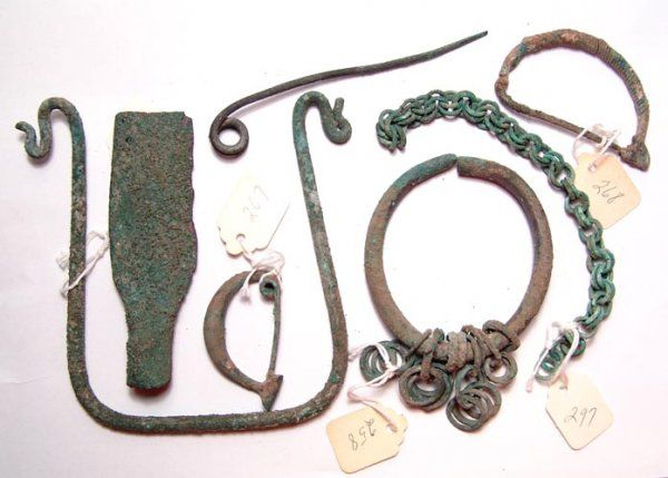 Roman, Mixed lot of various bronze items from the