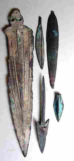 Mixed Lot of 5 Bronzes Weapons