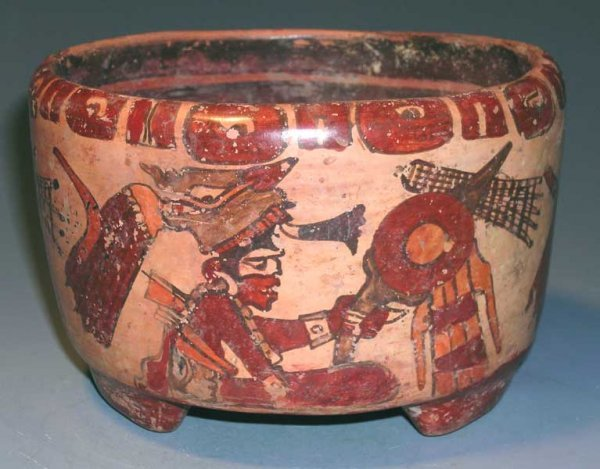 9. IMPORTANT MAYAN CYLINDER VASE WITH EXQUISITE COLOR
