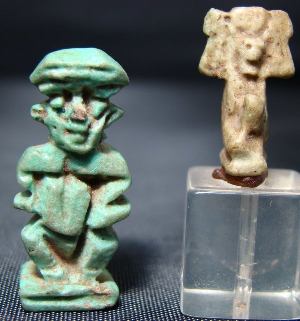 16: Egypt, Late Period, 2 small faience amulets