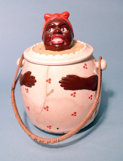 """2022: A fine 2 piece cookie jar in the form of """"Aunt Je"""