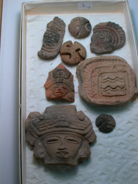 1003: Teotihuacan, c. 200-800 AD. A lot of 8