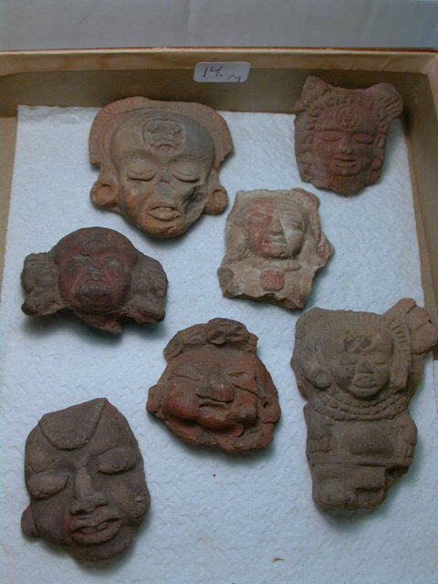 1014: Teotihuacan, c. 200-800 AD. A lot of 7