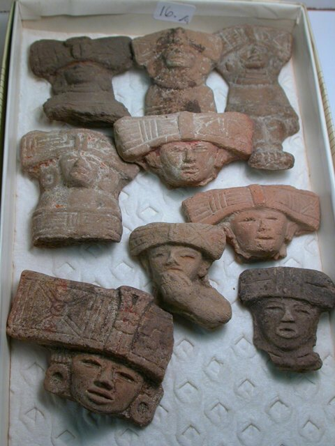 1016: Teotihuacan, c. 200-800 AD. A lot of 9