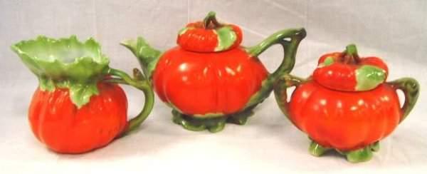 406: Royal Bayreuth Tomato Form Tea Set