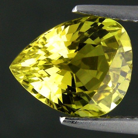 323: 2.57CTS~ULTRA RARE LUSTROUS RUSSIAN CHRYSOBERYL~IF