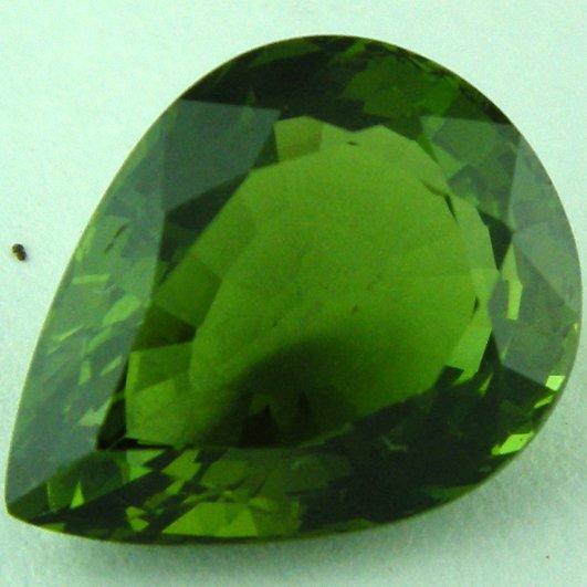 1869: SPECTACULAR 5.28CTS CHROME GREEN APATITE