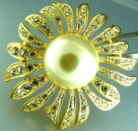 6: 48.88CTS~ FLOWERED PEARL BROOCH ~ YELLOW GOLD PLATED