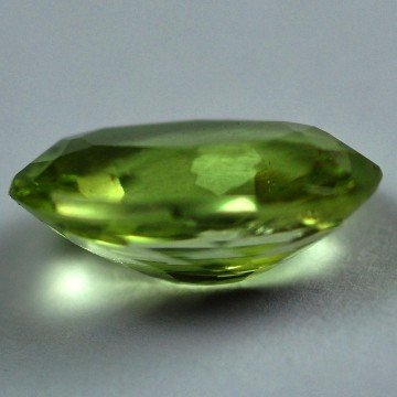 2509: 2.13Cts ~NATURAL GREEN SILIMINATE ~Flawless