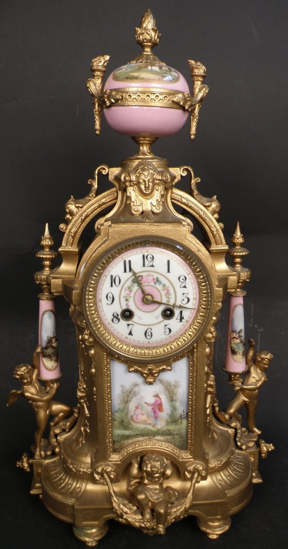 6: A French Pocelain Clock 19th C.