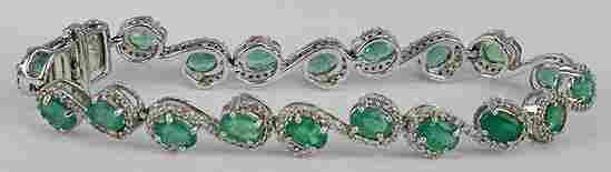 7027: Fancy Emerald & Diamond Bracelet