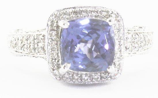 1011: Tanzanite & Diamond Ring