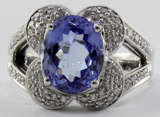 1021: Tanzanite & Diamond Ring