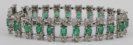 1024: Fancy Emerald & Diamond Bracelet