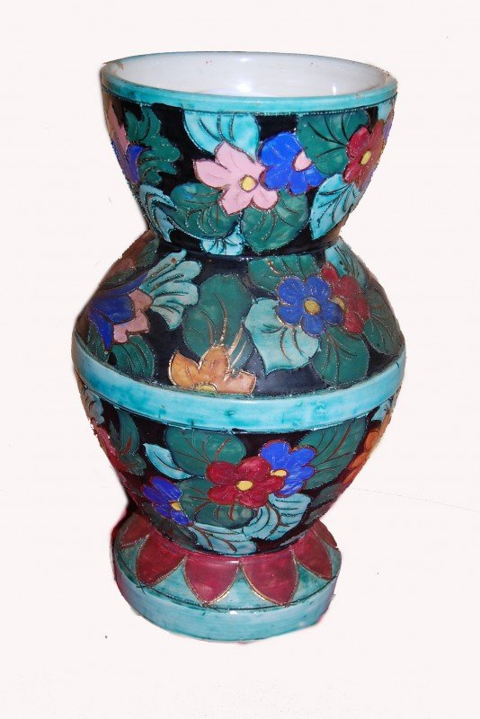 7: French vase, hand-painted porcelain