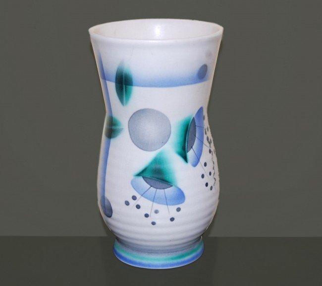 19: Vintage Vase,porcelain