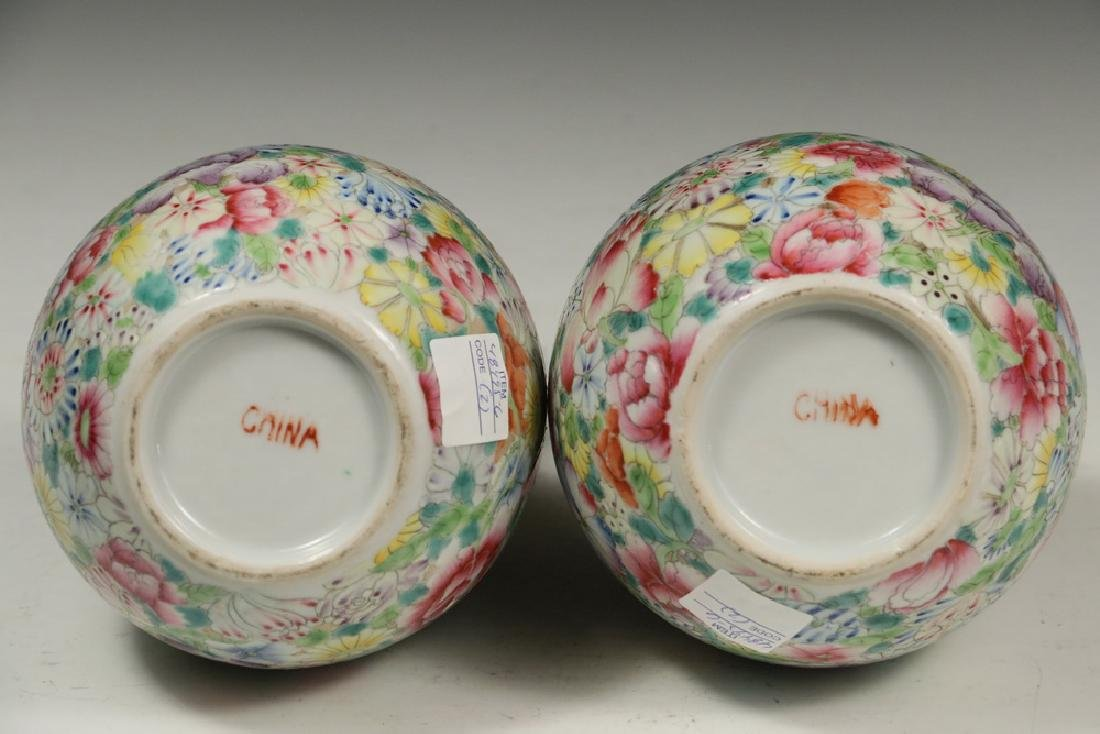 PAIR OF CHINESE VASES - 4